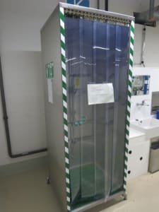 Emergency / Safty Shower Emergency Shower Cubicle for Production Plants