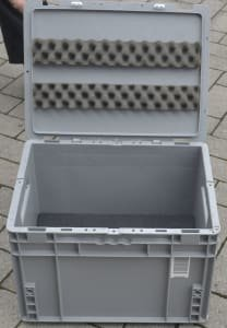 Contenedor industrial SSI SCHÄFER with lid, approx. 400 x 300 x 270 mm