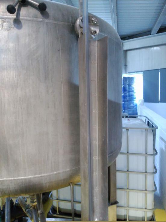 Deposito emulsionador acero inoxidable 900 litros de segunda mano
