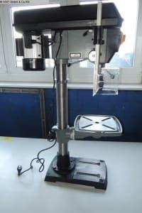 UWM UWM 20 Table drilling machine