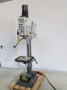 CORMAK Z 5932 V Pillar drilling machine