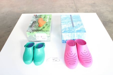 SAFE WAY K036 / KG064 Lot of sanitary-shoes