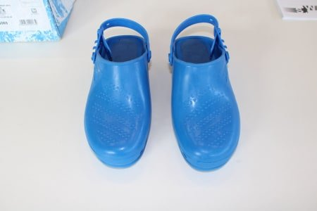 SAFE WAY KG065 Lot of sanitary-shoes