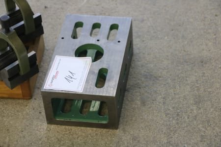 Clamping Table with Prisms