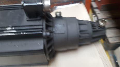 INDRAMAT MAC112B-0-GD-4-C/130-B-0/WI522LV Permanent Motor