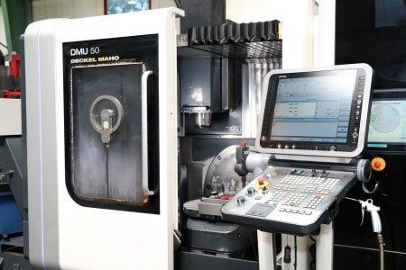 Centro de mecanizado universal DMG DMU 50