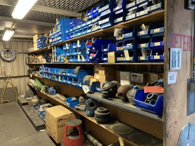 Various machine parts and miscellaneous
