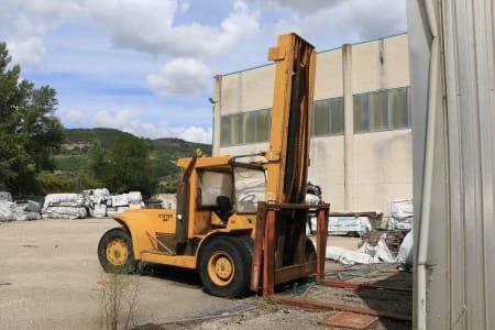 HYSTER H830 B Diesel Forklift