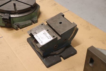 Substructure universal vice