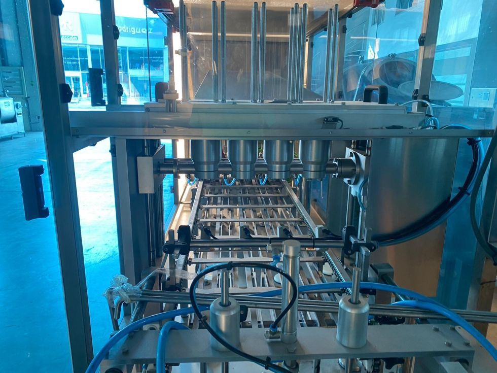 Máquina termoselladora automática de tarrinas Efabind