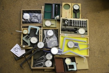 Lot of Internal Measuring Devices
