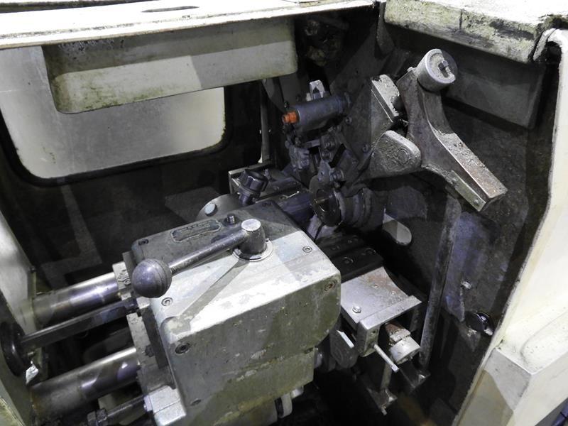 Torno automático monohusillo de precisión
