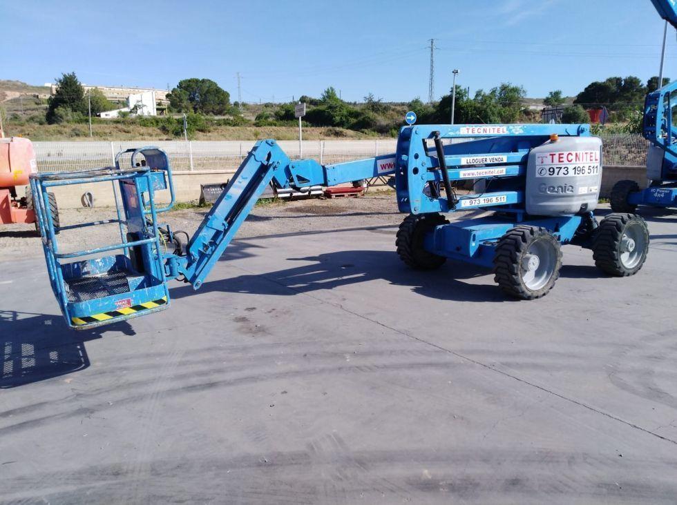 BRAZO ARTICULADO 18 metros Diesel