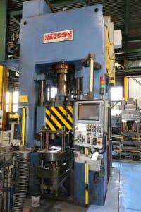 Prensa hidráulica de compactación NEUSON PM2000