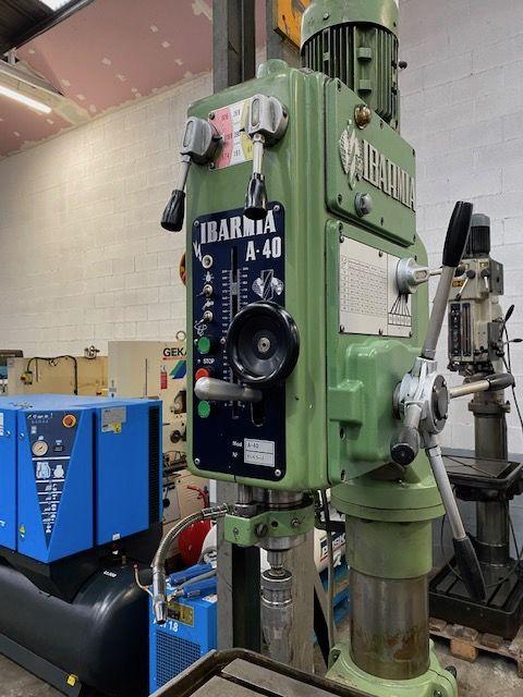Taladro de columna automático de transmisión por engranajes