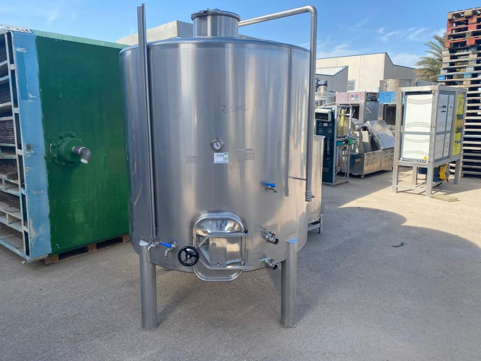 Depósito de 2.500 litros en inox 316 sencillo