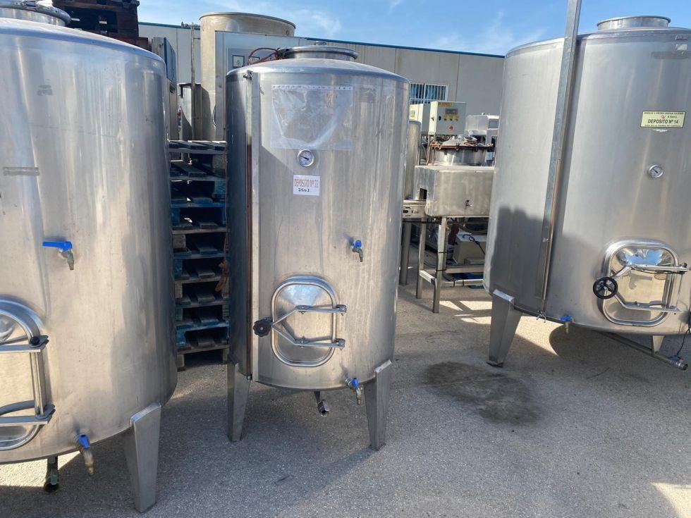 Depósito 750 litros en a/inox 316 sencillo