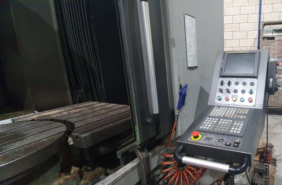 Centro de mecanizado vertical multiproceso