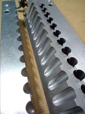 Molde 89 / 519 de Pintalabios en Aluminio de 24 Alveolos