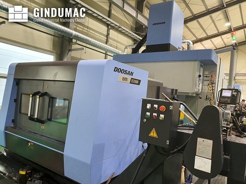 Centro de mecanizado vertical Doosan BM 1530M