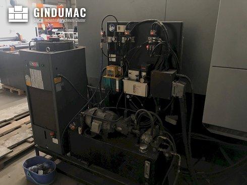 Fresadora DCX32/50T de Hurco