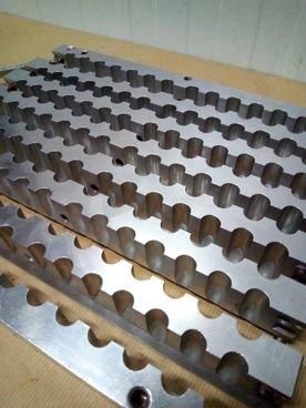Molde 89 / 513 de Pintalabios en Inox Con 98 Alveolos