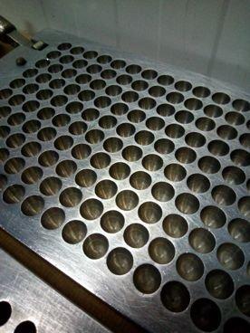 Molde 89 / 540 para Supositorios de Inox Con 150 Alveolos