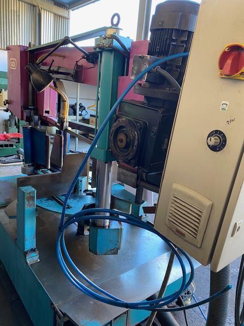 Sierra cinta semiautomatica sabi