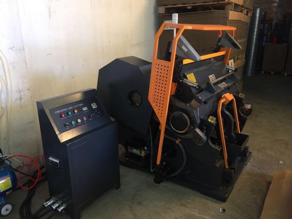 Troqueladora calefactada