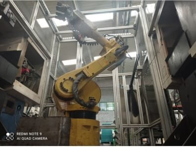 Robot M6I B FANUC A05B-2462-B250