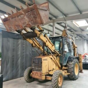 FORD DF9P1Z Backhoe loader