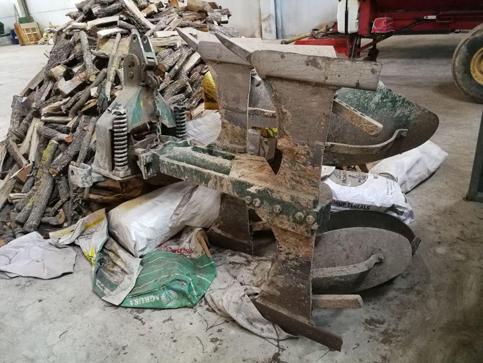 Arado giratorio mecánico