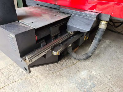 Punzonadora de torreta CNC AMADA PEGA 204040