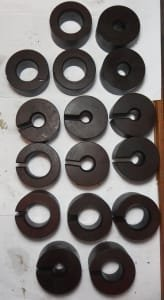 16x spacers / washers