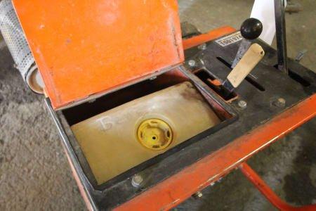 SAINT-GOBAIN CSB 1 Floor cutter - defect