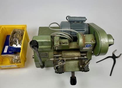 BÖRKEY 954-3 Boerkey key cutting machine
