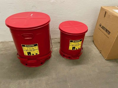 JUSTRITE Safety collection container 34 and 80 L (NEW)