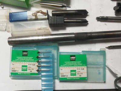GARANT Werkzeug 100 pcs. Of solid carbide / HSS milling cutters