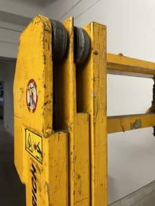 JUNGHEINRICH EJC-Z14 Pedestrian stacker 1400 kg, 430 cm lifting height