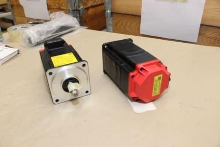 FANUC A06B-0216-B000 Motor (2x)