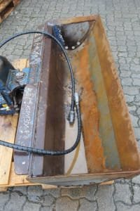 LEHNHOFF M 15 MG 20 B/SW 03 Tilting Bucket