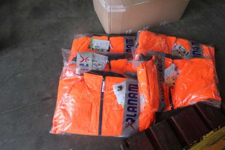 Lot of Warning- and Protective Weather Jackets