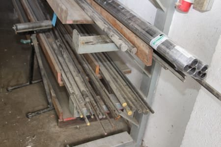 Single-Sided Cantilever Rack