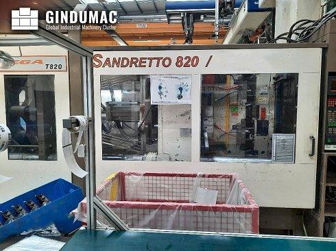 Máquina de moldeo por inyección SANDRETTO 820/6434