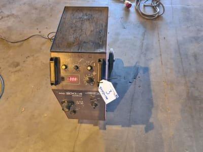 ISKRA MIG 300 Welding Device
