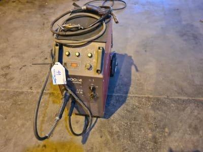 ISKRA MIG 300/4 Welding Device