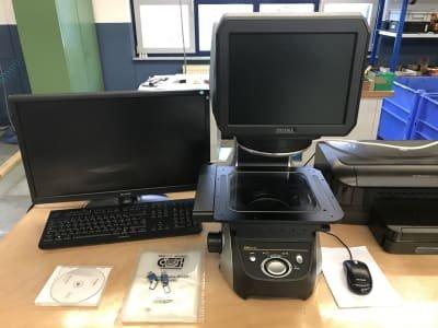 KEYENCE IM-7020 Digital Measuring Projector (Optical Measuring Device)