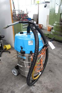 RINGLER RI 80 W 2 G Oil Suction Cleaner