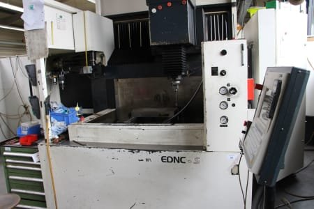 MAKINO EDNC 65-A 8 MR Die Sinking EDM Machine