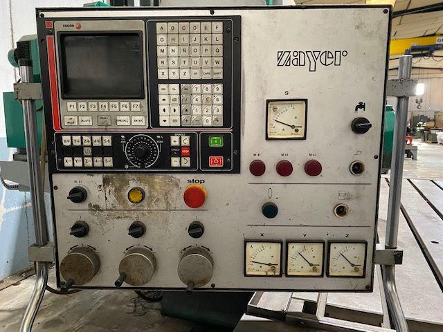 Frsadora CNC de bancada fija Zayer BF 2200